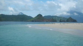 Pantai Sitaro
