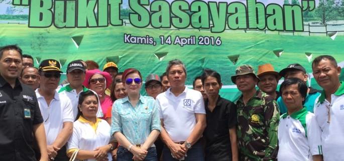 Bupati Minahasa Selatan (Minsel) Christiany Eugenia Paruntu SE mencanangkan Bukit Sasayaban  di Kelurahan Buyungon Kecamatan Amurang sebagai lokasi Agrowisata dan Ekowisata Kabupaten Minsel