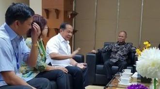 Lomban Bertemu Direktur Jendral Pertimbangan Keuangan Dr. Boediarso Teguh Widodo