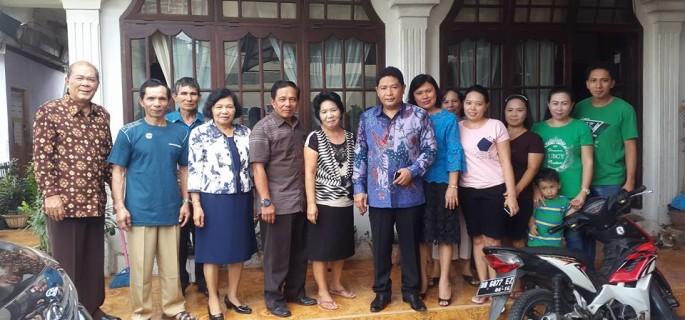 Wakili Gubernur Kumendong Hadiri HUT ke 241 Desa Picuan