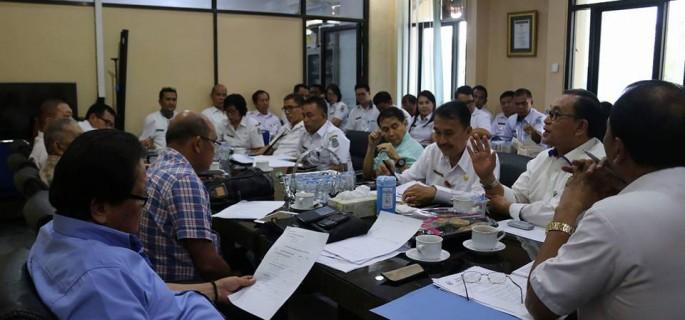 1042 Warga Manado Perebutkan 504 Kursi Kepala Lingkungan