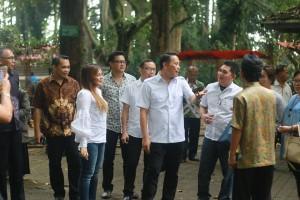 Kunjungan Pemkot Tomohon ke Bandung