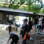 Sapu Kuala (Bersih-Bersih Sungai) dalam rangka Peringatan Hari Air Dunia XXV