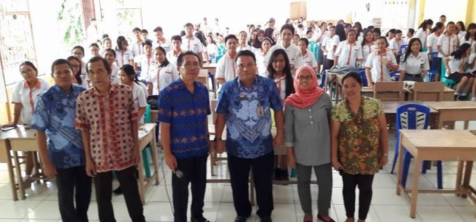 Swapar Gelar Sosialisasi UU Perlndungan Anak di SMU 9 Manado