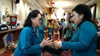 TP-PKK Kota Manado Juara Lomba Lingkungan Bersih Sehat dan Posyandu