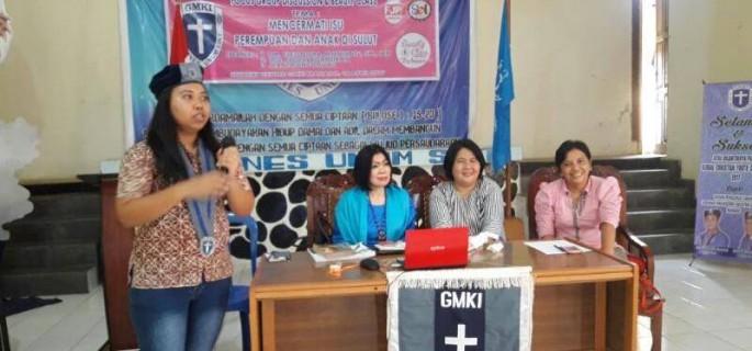 Perempuan GMKI Manado Lakukan Konsolidasi di Student Centre