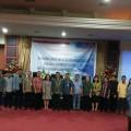Peserta Kongres ke X IKMA se Sulawesi foto bersama dengan pimpinan kampus