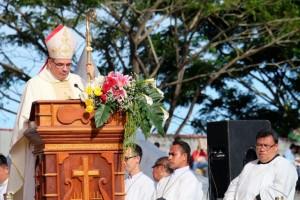 Pentahbisan Uskup Manado