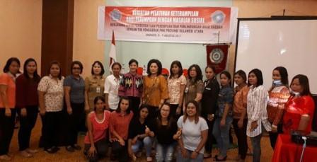 Ibu Rita Ajak Perempuan Sulut Maksimalkan Peran dalam Pembangunan
