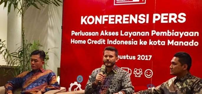 Konfrensi Pers Perluasan Akses Layanan Pembiayaan Home Credit Indonesia ke Kota Manado di Four Points By Sheraton Manado