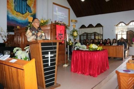 Lolowang Hadiri Pisah Sambut Pendeta GMIM Tumatangtang