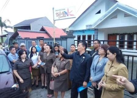 Jawab Keluhan Warga, DPRD Tomohon Pantau Lokasi Menara Antena Dalam Pemukiman
