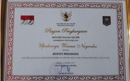 HEBAT!!! Bupati JWS Raih Penghargaan Upakarya Wanua Nugraha