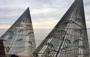 Karya Seni Teguh Ostenrik akan Ditenggelamkan di Bawah Laut Pulau Bangka. foto YTR