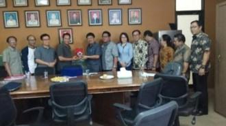 Komisi II DPRD Tomohon Kunker Sistim Serapan PAD di Semarang dan Cianjur