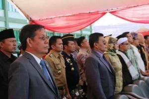 Walikota Manado Dr Ir GS Vicky Lumentut SH MSi DEA ikut menghadiri upacara serah terima pasukan Komando Daerah Militer (KODAM) XIII/Merdeka