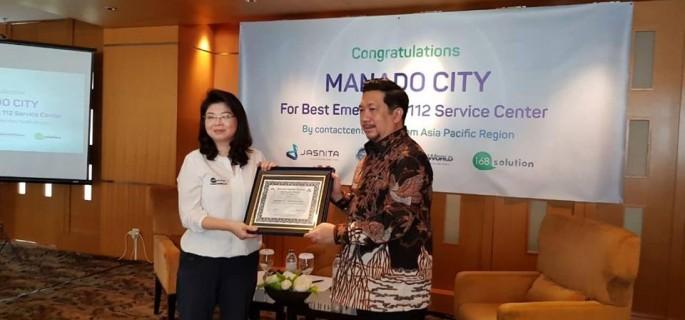 Wawali Mor Bastiaan Terima Penghargaan Best Emergency Call Center Kawasan Asia-Pacifik