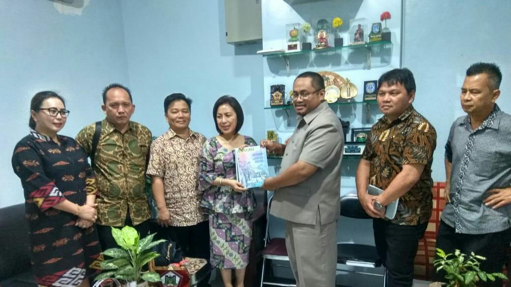 Wenur Pimpin Kunker DPRD Tomohon di Surabaya
