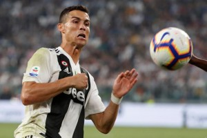 Soccer Football - Serie A - Juventus v Genoa - Allianz Stadium, Turin, Italy - October 20, 2018  Juventus' Cristiano Ronaldo in action   REUTERS/Stefano Rellandini
