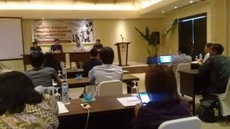 Suasana kegiatan OJK SulutGoMalut kumpul bareng jurnalis ekonomi di Sulawesi Utara. (Foto: Yudith S. Rondonuwu)