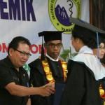 Mentu Wakili Walikota Tomohon Hadiri Wisuda Fisioterapi