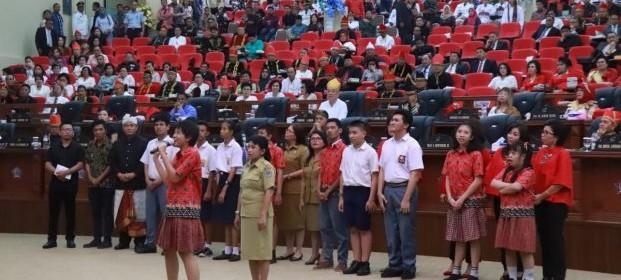 Sisi Lain Rapat Paripurna HUT ke-54 Sulut, Nyanyian Anak Disabilitas Bikin Haru