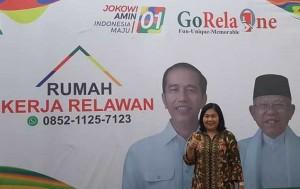 Ketua Relawan Torang Jokowi , Dra Joice Worotikan
