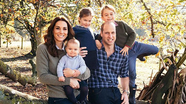 Beda Pilihan Foto Kartu Natal Keluarga Kate Middleton dan Meghan Markle