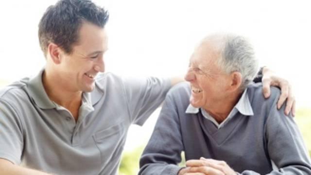 5 Cara Sederhana Membahagiakan Orang Tua