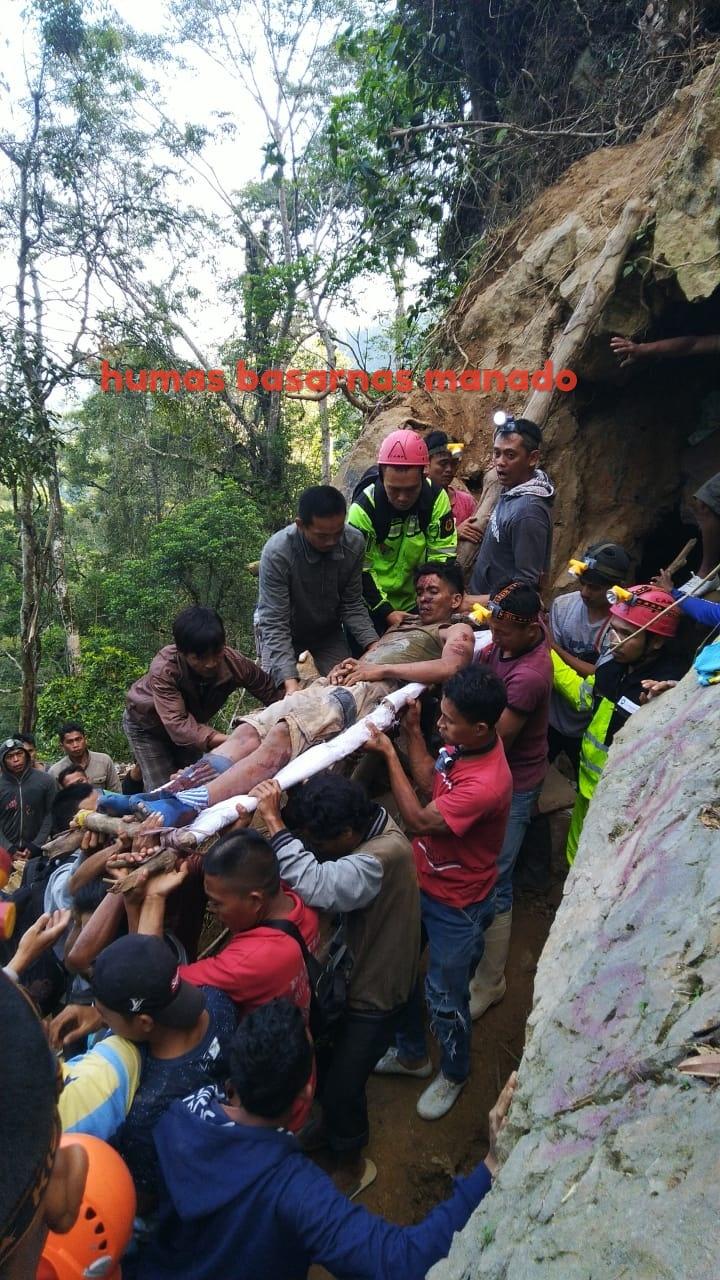 Tim SAR Berhasil Evakuasi 15 Korban Longsor di Bakan, 1 Orang Ditemukan Tewas