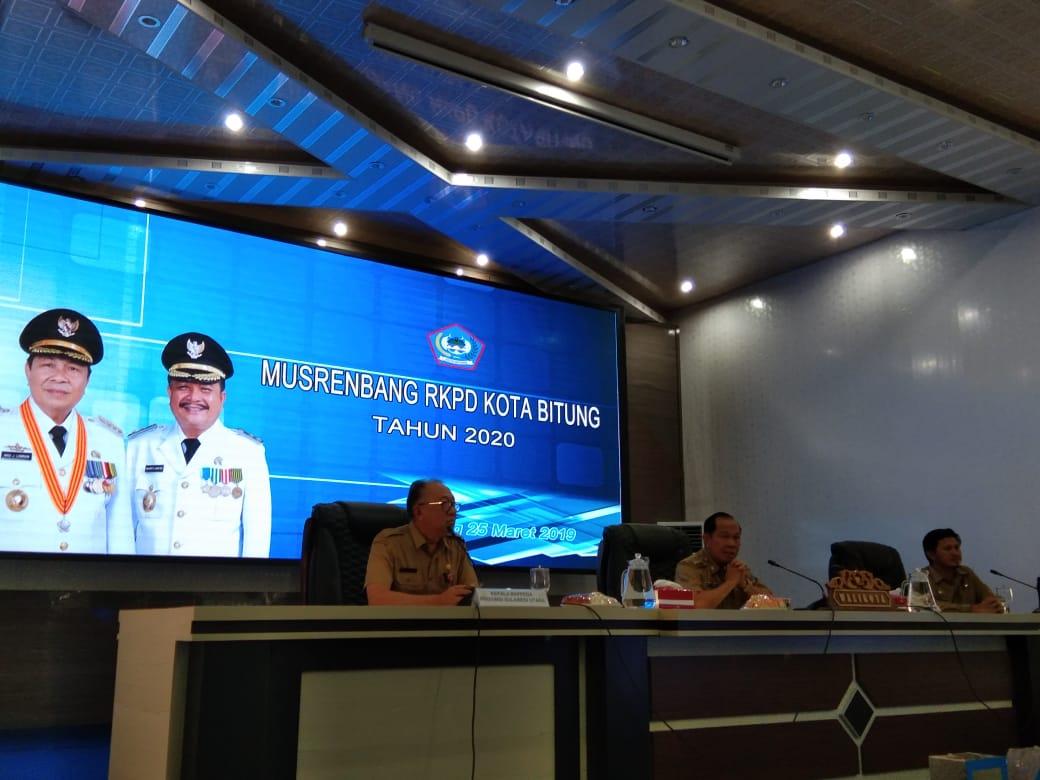 Buka Musrenbang, Lomban Ajak Masyarakat Terlibat Dalam Perencanaan, Pelaksanaan dan Pengawasan Pembangunan