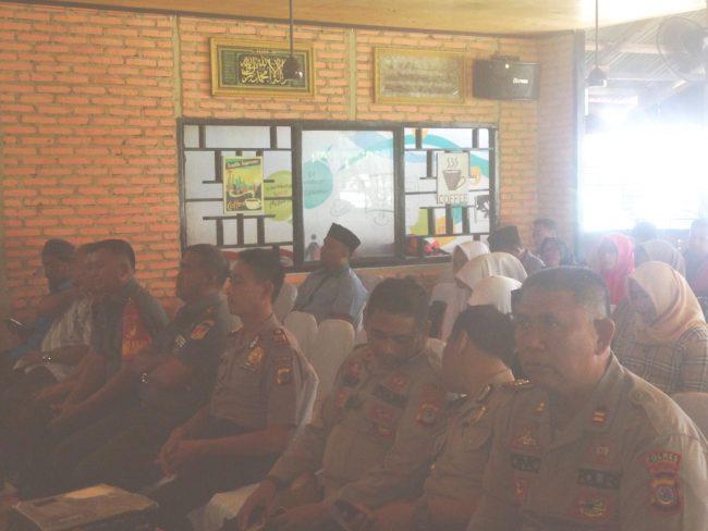 Para Kapolsek dan Danramil di enam kecamatan Bolmut hadir dalam sosialisai Bawaslu Bolmut terkait pengawasan pemilu 2019