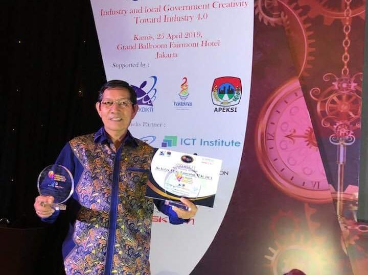 Dua Gelar Pemkot Manado di Indonesia Innovation Award 2019