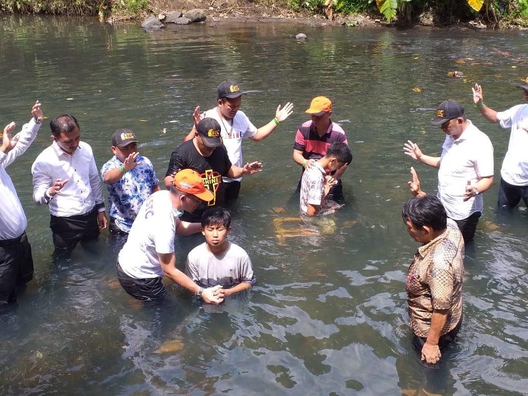 231 Peserta STC 2019 Memberi Diri Dibaptis