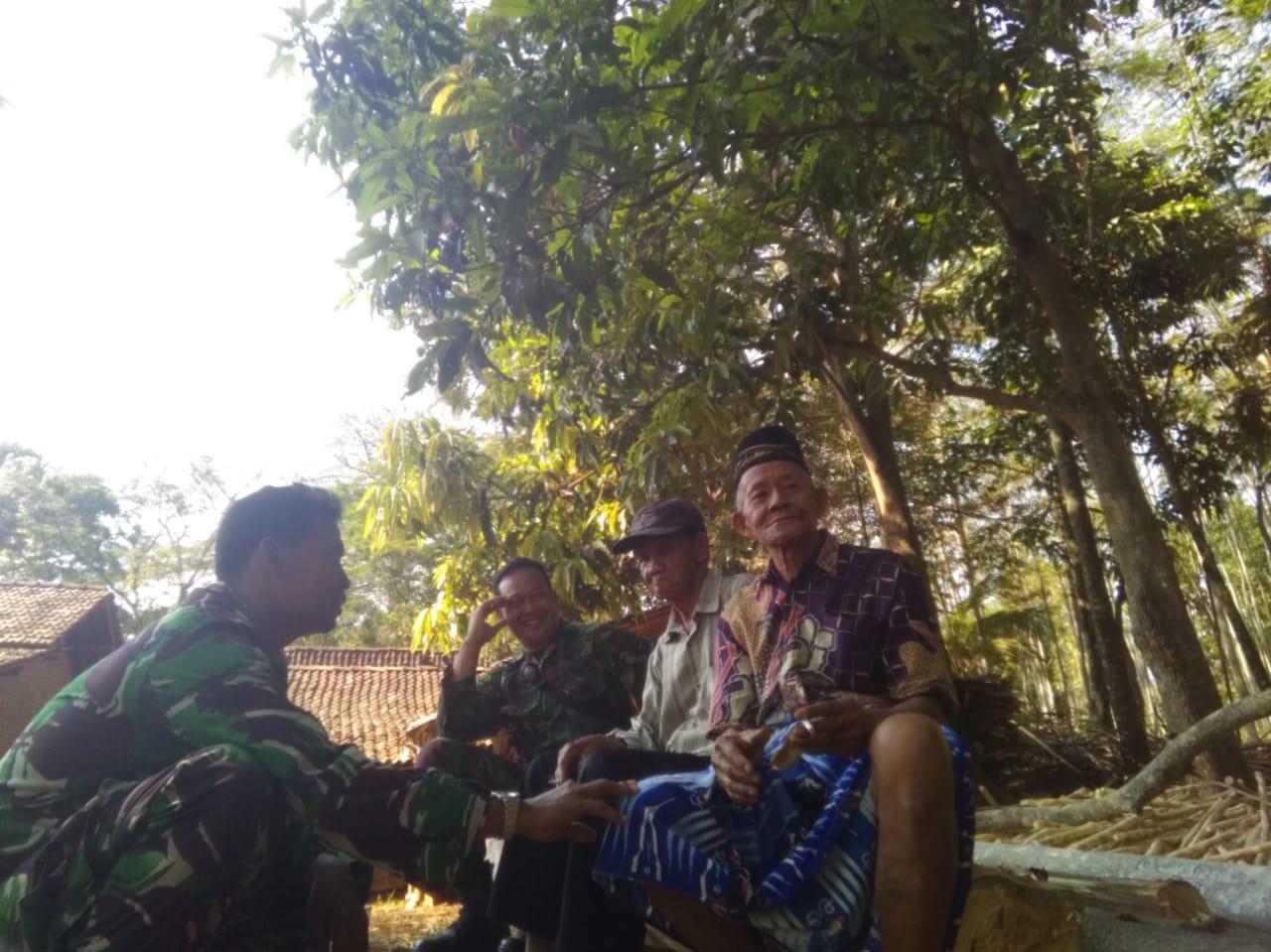 Keakraban Jelang Penutupan TMMD Sengkuyung Tahap III  TA . 2019 Kodim Pati