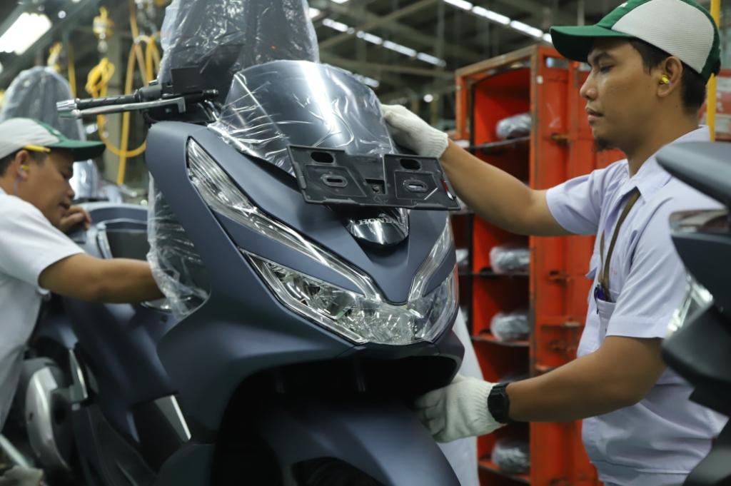 Skutik Besar Honda PCX Tampil Kian Mewah