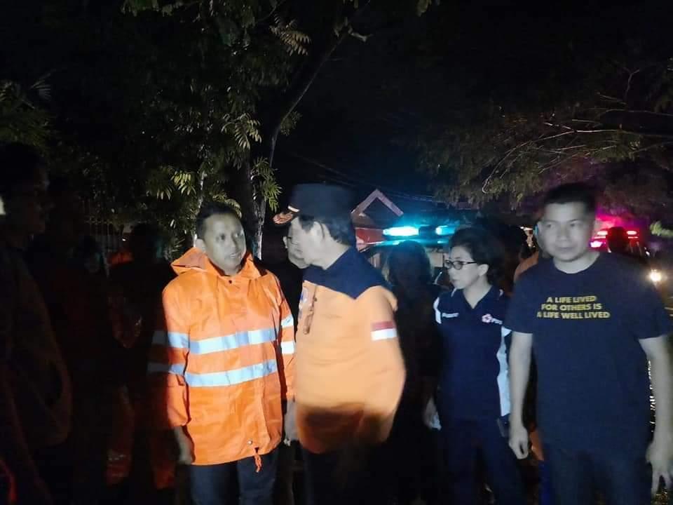 Walikota dan Ibu Paula Pantau Korban Banjir Mahawu dan Bailang