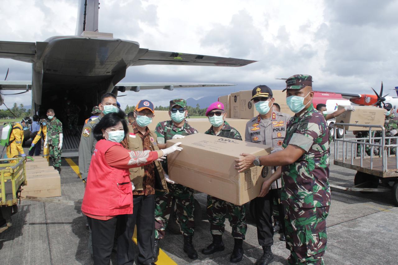 Tiba di Lanud Sam Ratulangi, 3000 APD Diserahkan ke Satgas Covid-19 Sulut