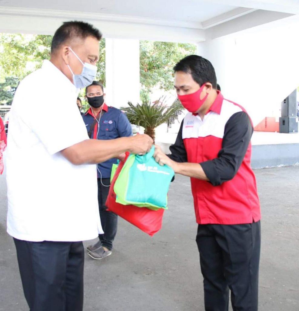 3000 Paket Sembako Gubernur OD untuk Serikat Buruh di Perayaan May Day