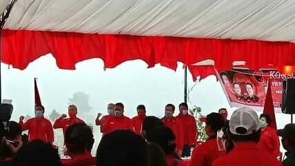 Konsolidasi dan Pelantikan PAC PDI-P Tomohon, OD Ingatkan Nilai Persatuan