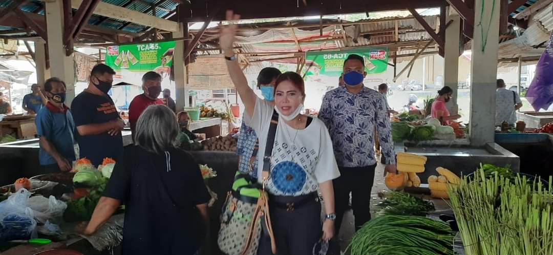 VAP Borong Dagangan di Pasar Sukur