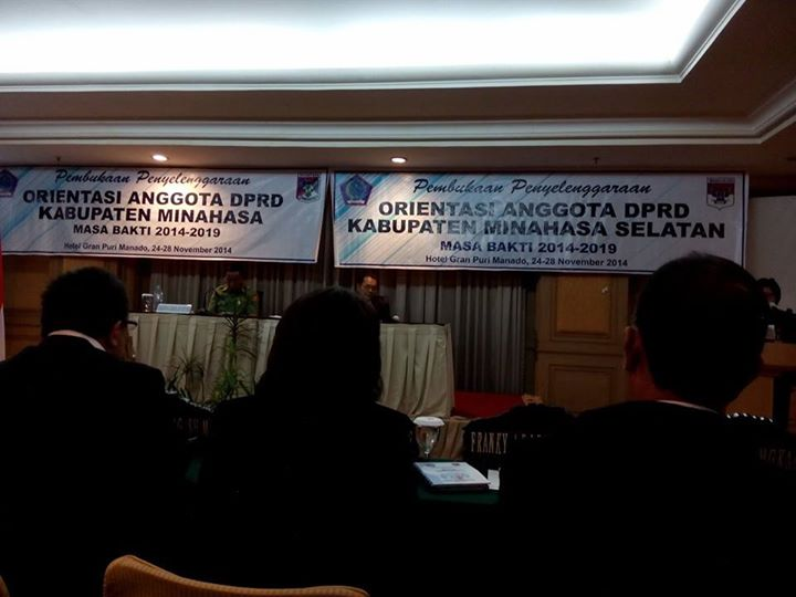 DPRD Minsel Gelar Orientasi kepada 30 Anggota DPRD Masa bakti 2014-2019