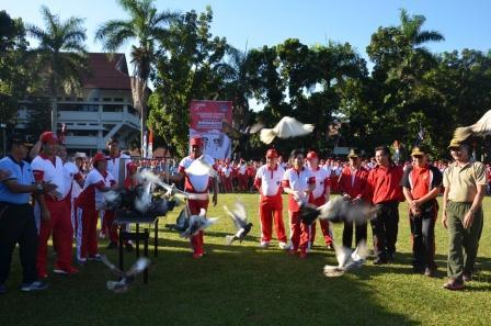 Balon dan Merpati Tandai Pencanangan Pembukaan Kegiatan Hari Kemerdekaan RI dan HUT Provinsi