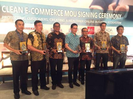 blanja.com bersama empat situs e-commerce lainnya menandatangani MoU untuk melindungi konsumen dari  non-genuine dan counterfeit software