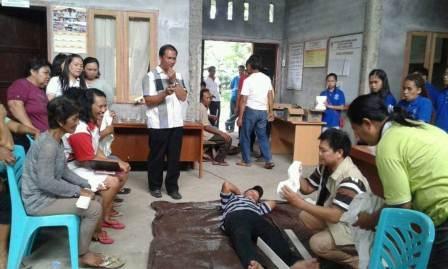 KKT UNSRIT Dan Yayasan PEKA Laksanakan Penyuluhan Pelatihan Di Desa Lopana 1