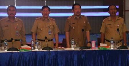 Walikota GSVL Pimpin Raker Bersama Semua Pejabat Perangkat Daerah
