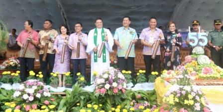 Hadiah Ultah P/KB GMIM di Maranatha Paslaten