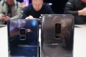 Samsung Galaxy S9 dan S9 Plus masing-masing punya keunggulan. (foto: net)