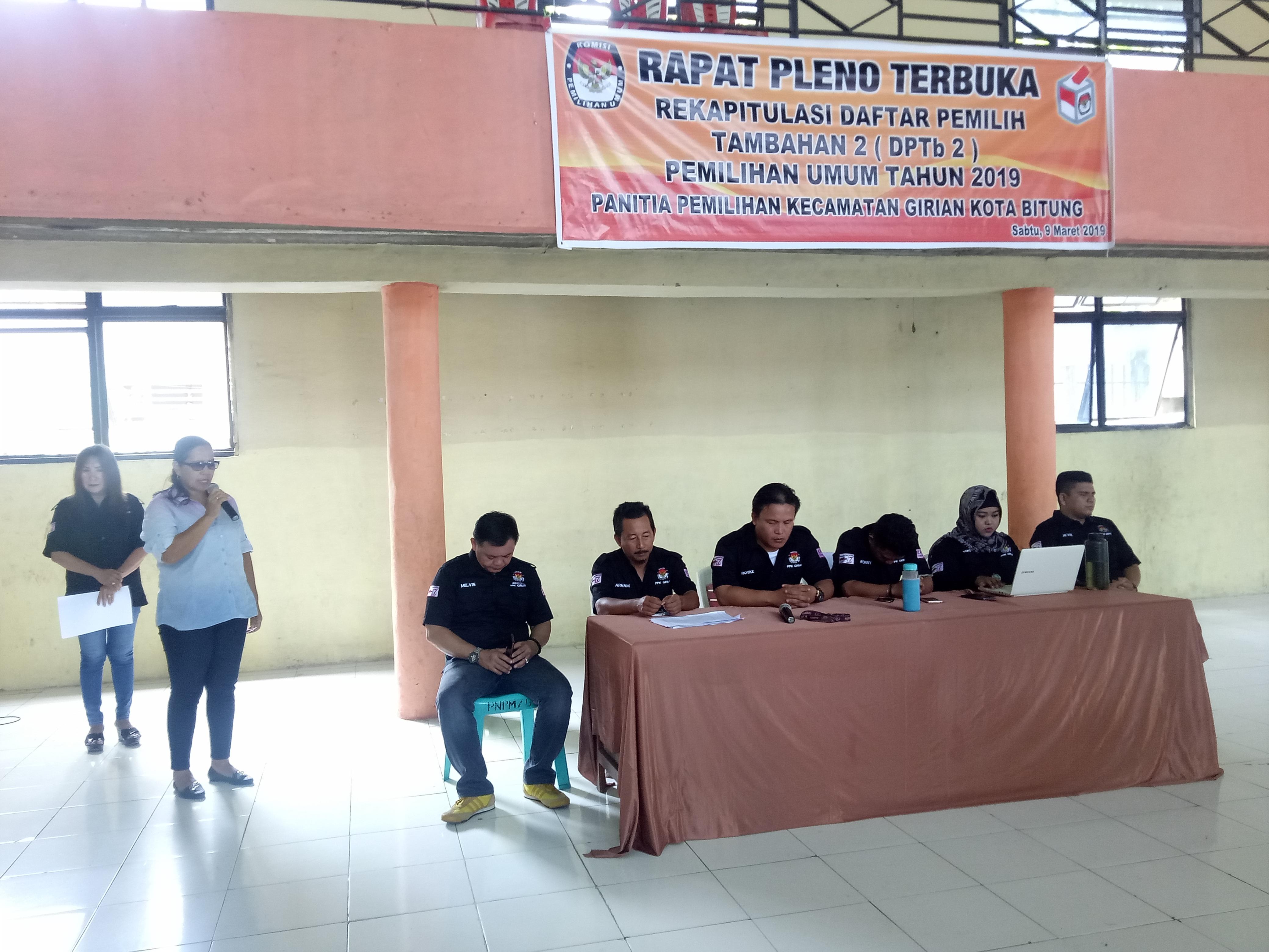 Rompas Buka Rapat Pleno DPTb 2 PPK Kecamatan Girian