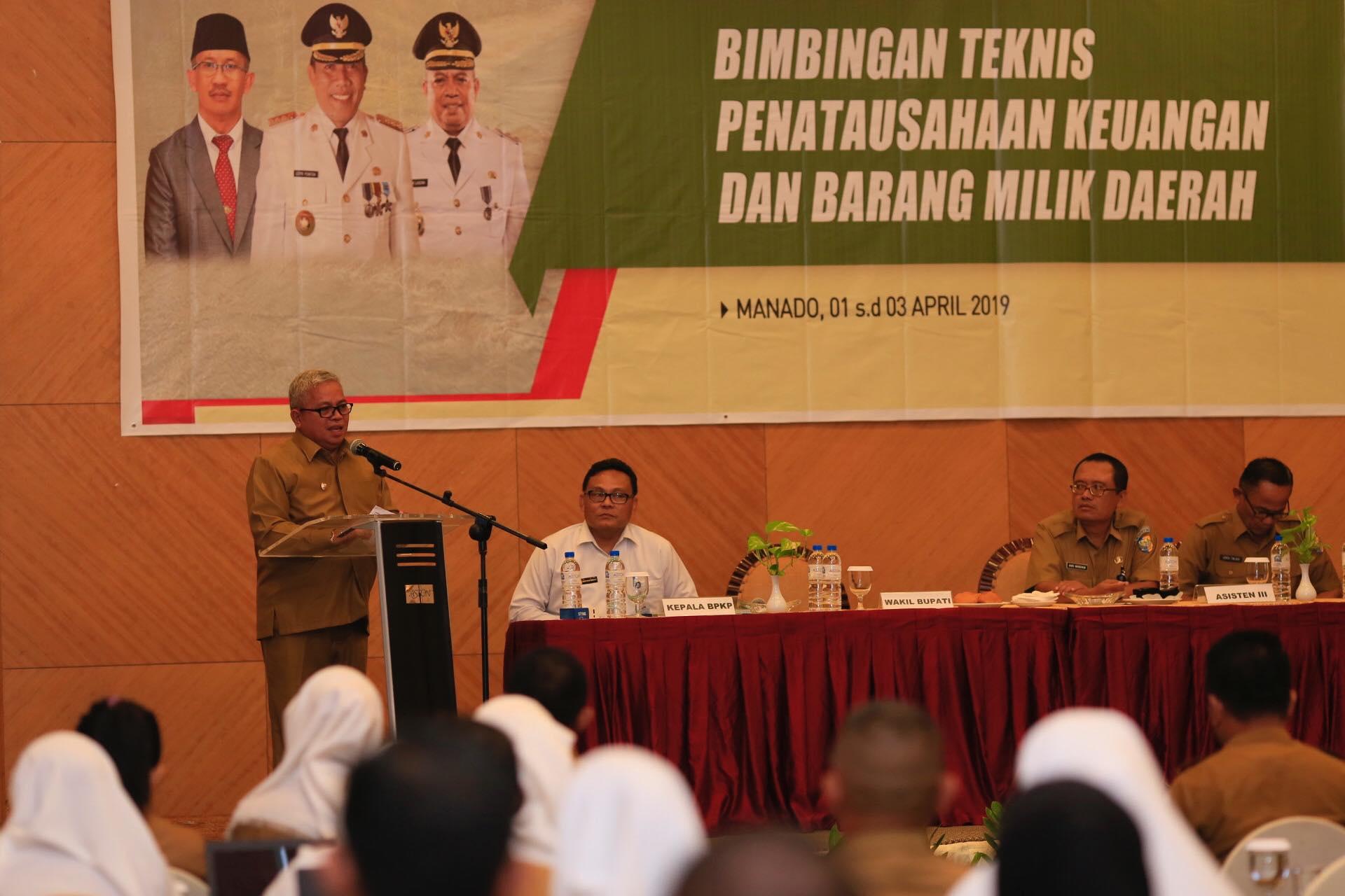 Wakil Bupati Amin Lasena Buka Bimtek PKBMD 2019